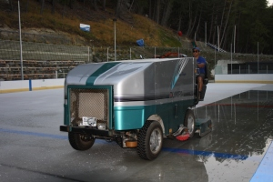 Olympia Ice Groomer